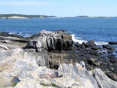 Peaks Island rocks