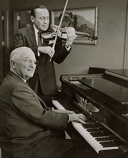250px-Harry_Truman_and_Jack_Benny