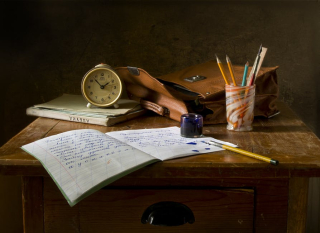 Still-life-school-retro-ink-159618